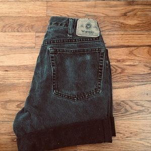 Vintage wrangler black high waisted shorts